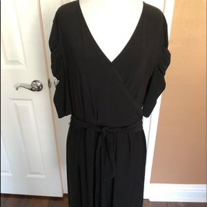 NWT Black dress. Old Navy. Great dress for daytime